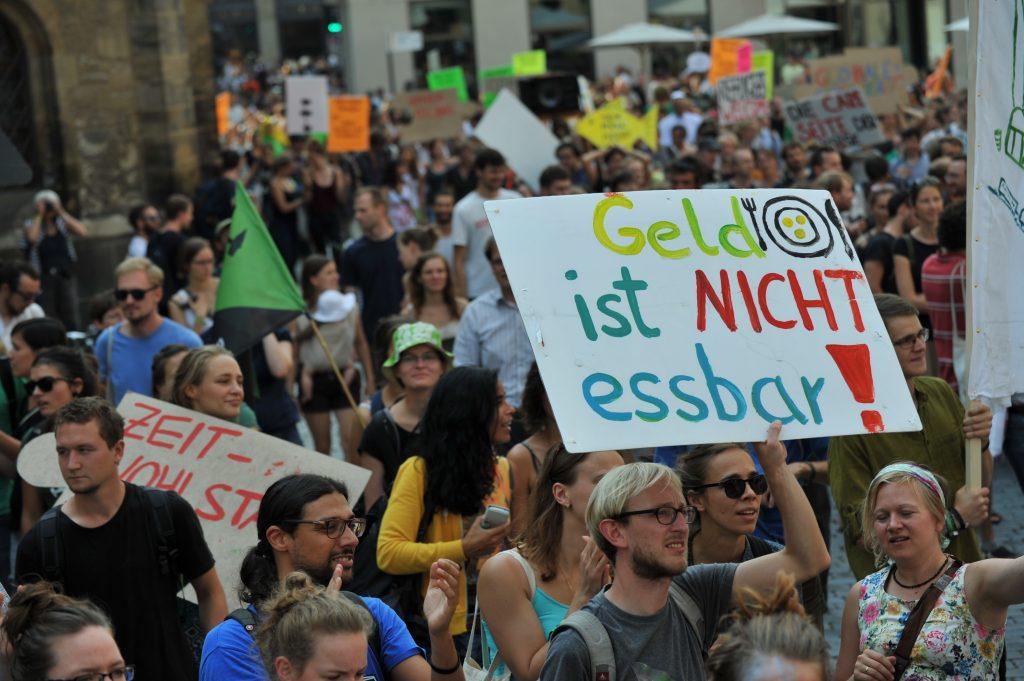 Degrowth-2014-leipzig-demonstration-4-klimagerechtigkeit-leipzig