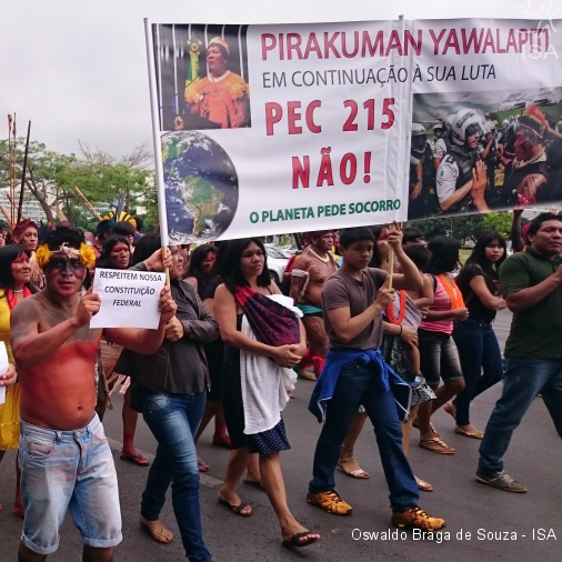 Indígenas contra a PEC 215