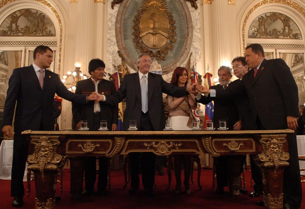 9/12/07 Salon Blanco: Banco del Sur.