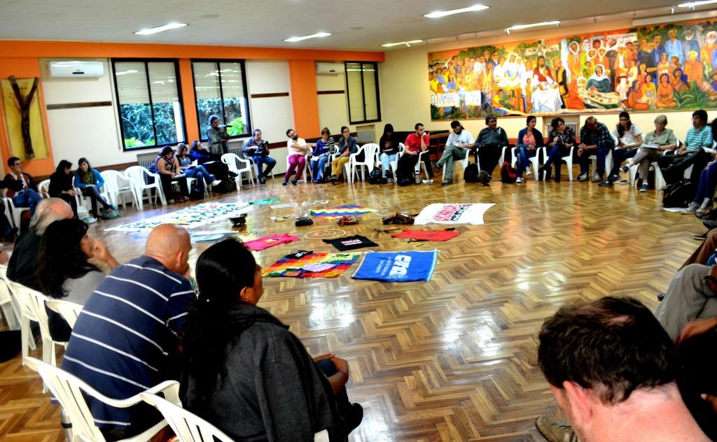 Trabajo en plenario en el marco del taller de la UPMS en Buenos Aires - Foto Sergio Segura