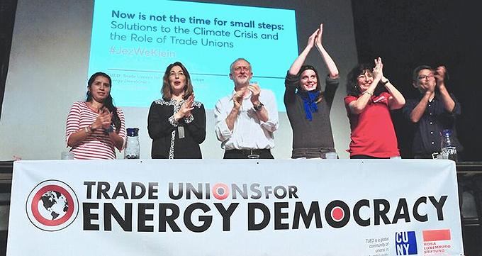 Como os democratas neoliberais colocaram Donald Trump no poder