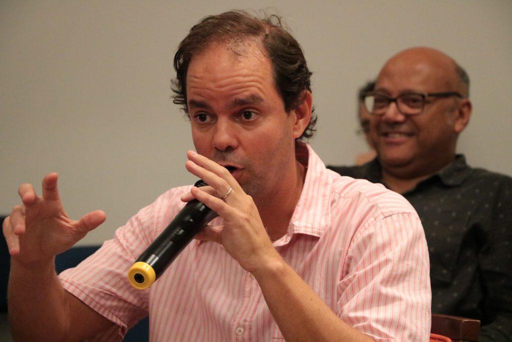 """Fabio Barbosa: """"É necessário restituir a densidade histórica da esquerda latino-americana, identificada com a superação da desigualdade e da dependência""""."""