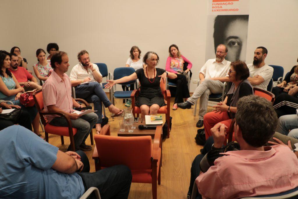 """""""Para onde vai a esquerda?"""" foi o tema do debate realizado na Fundação Rosa Luxemburgo."""