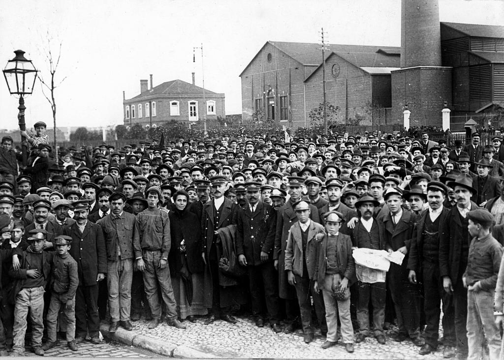Foto da pioneira Greve Geral de 1917.