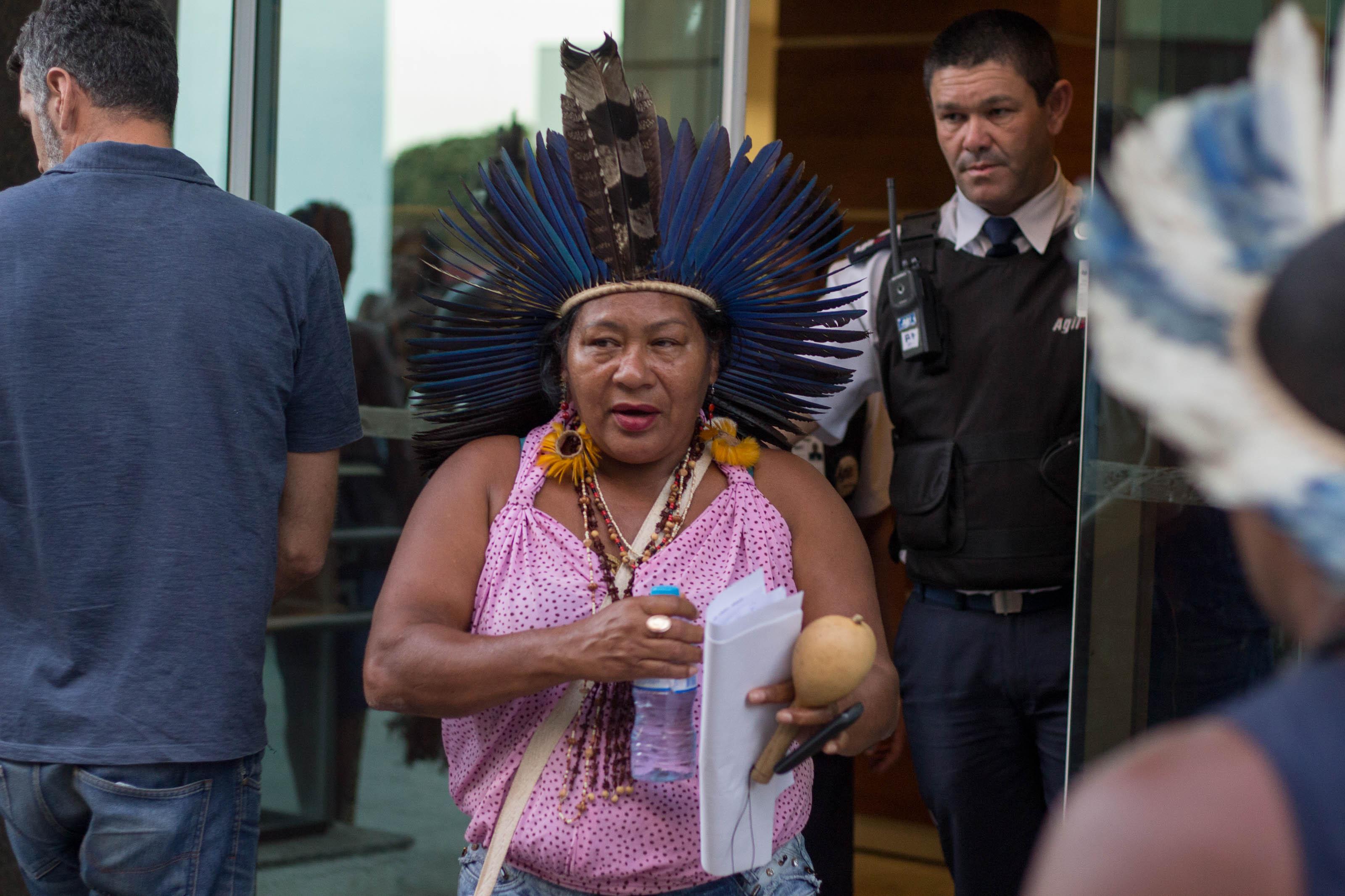 Indígenas exigem que Temer respeite STF