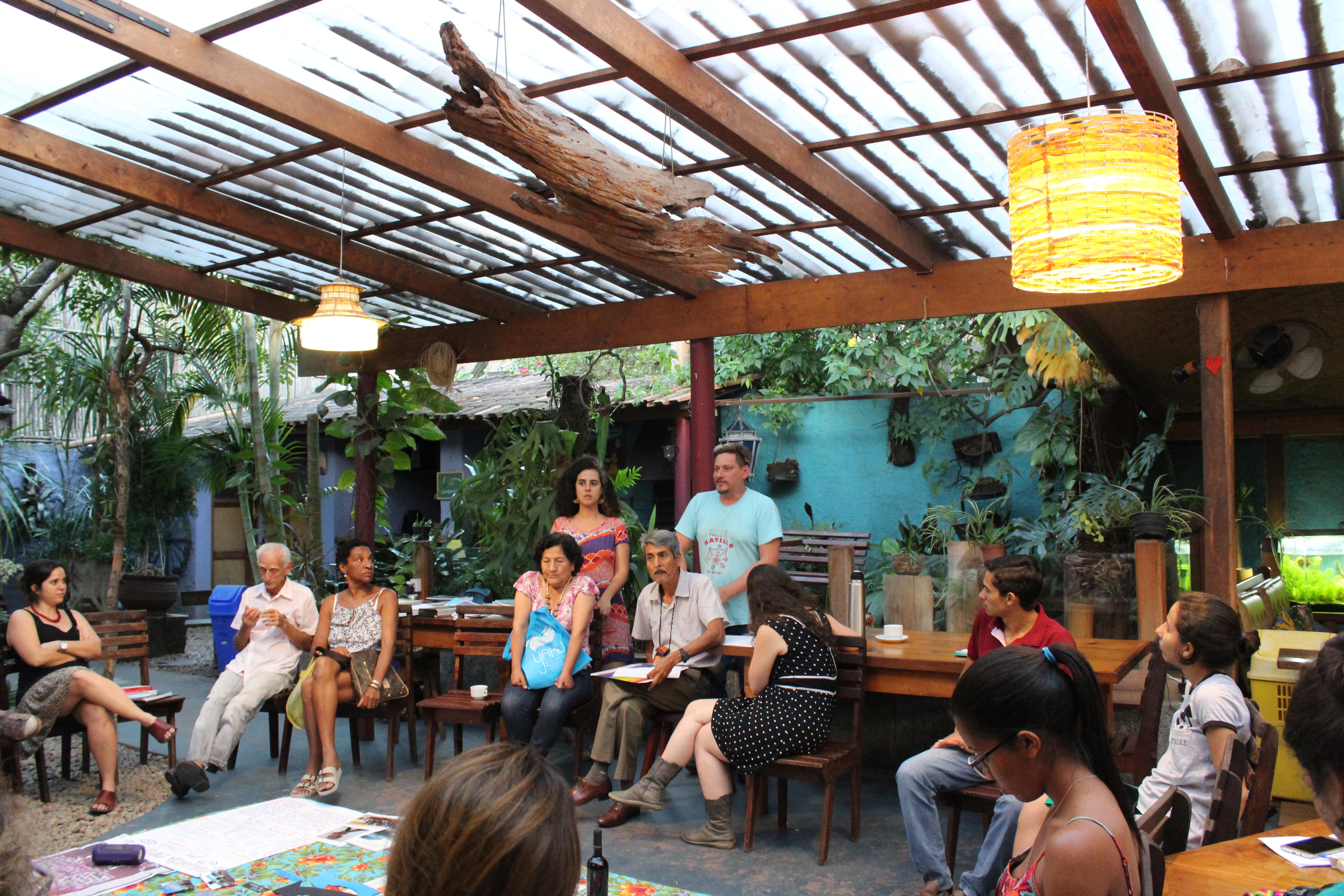 Coletivos latino-americanos juntam forças