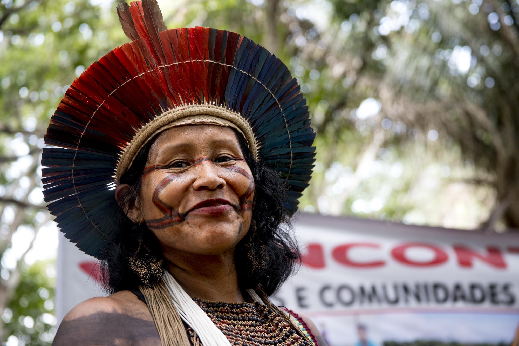Luta pela terra, autodeterminação e direitos humanos