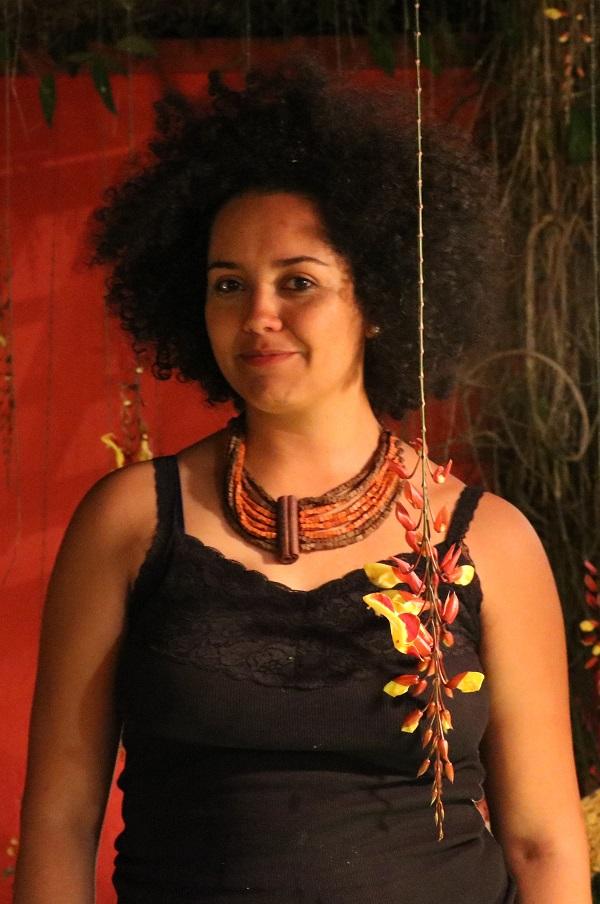 Bianca Santana na sede da Fundação Rosa Luxemburgo, em São Paulo