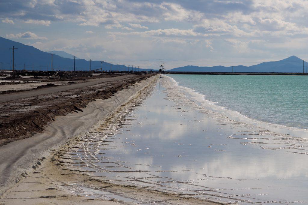 Piletas de Evaporación (YLB), Salar Uyuni, Bolivia. Créditos: Martina Gamba/Grupo de Estudios en Geopolítica y Bienes Comunes.